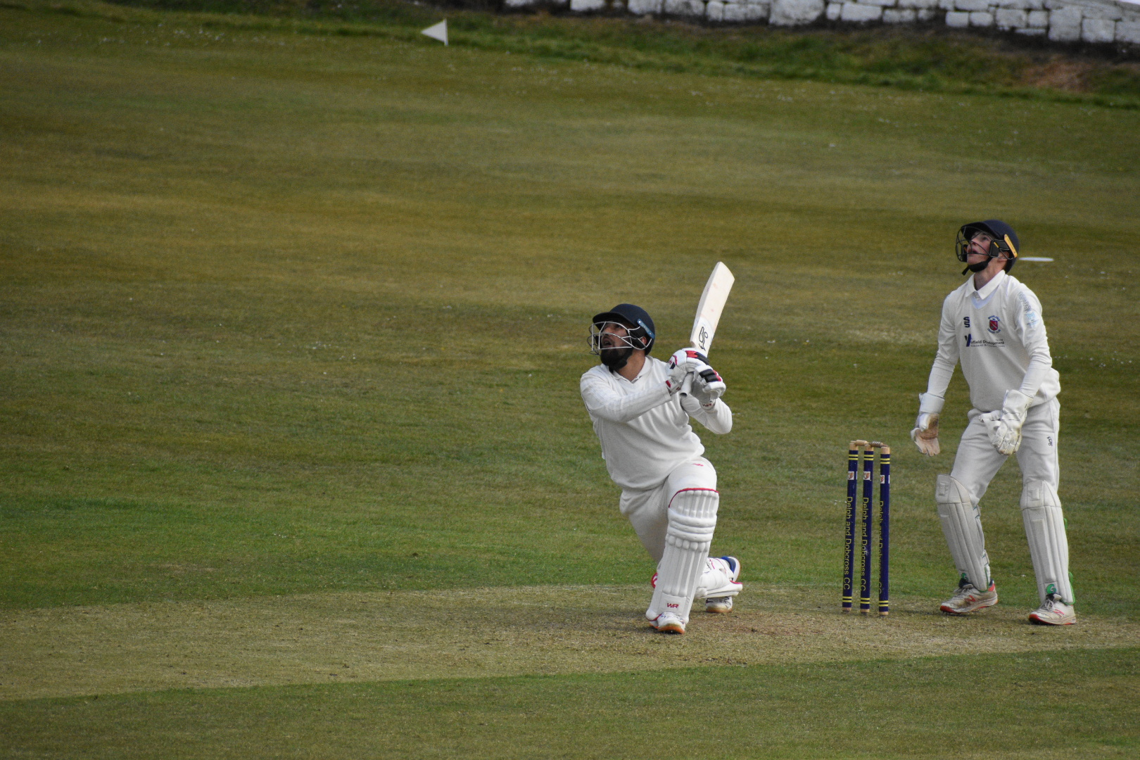 Hussain's Hundred Is In Vain For Delph - Premiership Day 3 Review