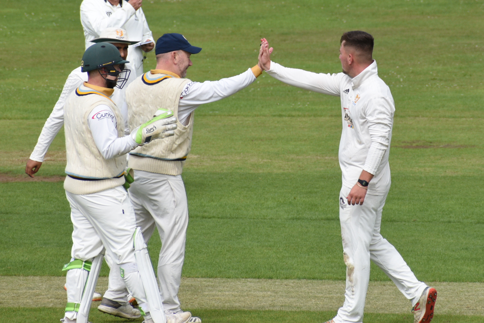 Nerves Shredded In Shepley And Delph Stalemate - Premiership Day 19 Review